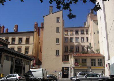 Lyon 1er, retour d'immeuble tranchant. Les habitants en façade ont la vue coupé et du point de vue énergétique ?