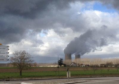 Centrale nucléaire de Golfech avec nombreux villages dans le périmètre des 17 km